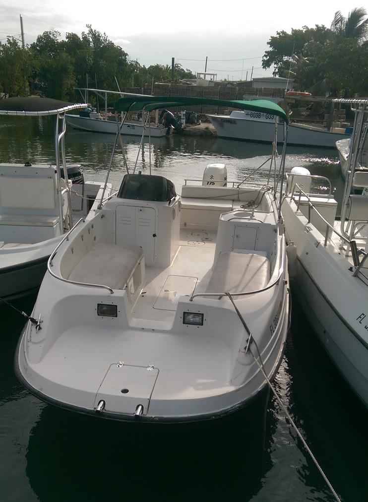 Florida keys fishing boat rentals 23 39 cobia deck boat for Fishing deck boats